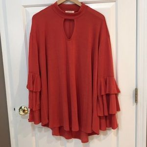 Love In Boutique Keyhole Tunic Tiered Sleeves 1X